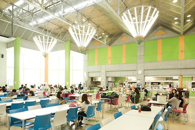 L 学生食堂